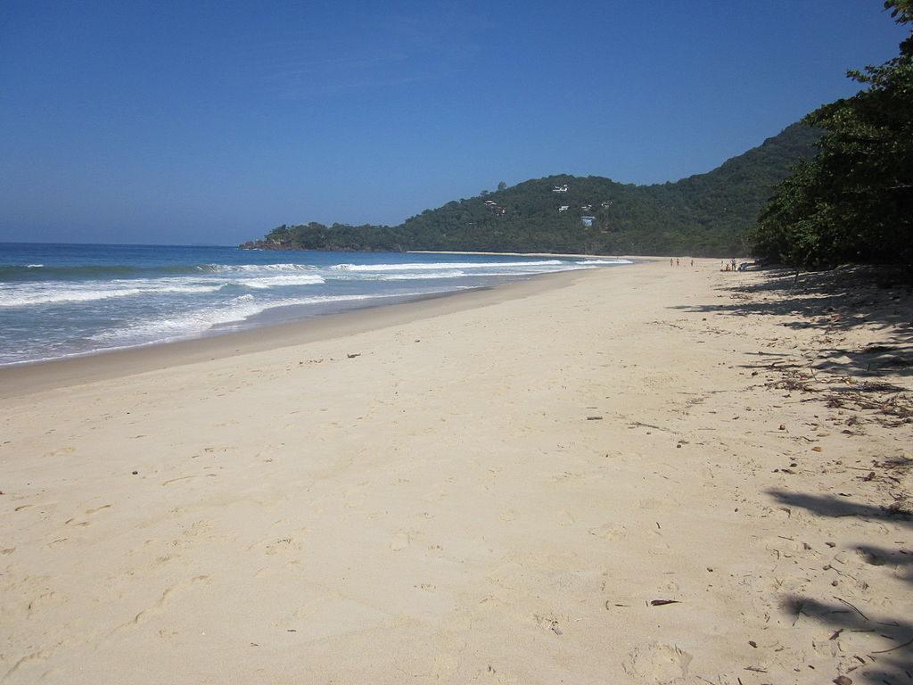 Praias de Ubatuba - Praia de Itamambuca