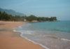 Melhores Praias do Litoral Norte SP Praia da Feiticeira Ilhabela - por Priscila Micaroni Lalli - Wikimedia