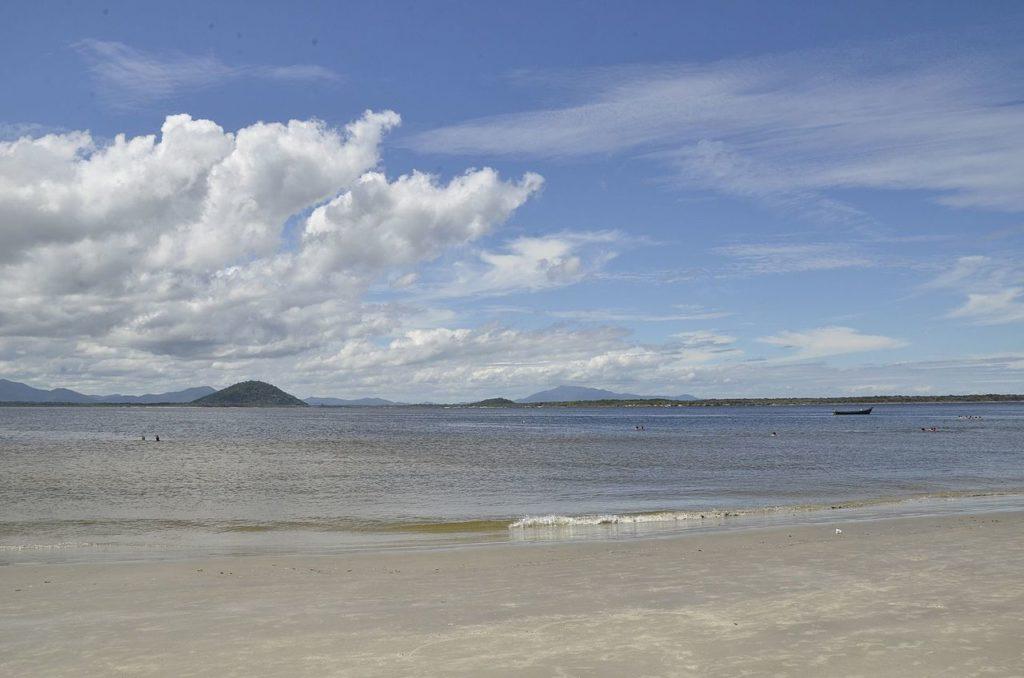 Melhores praias do litoral sul SP - Cananéia