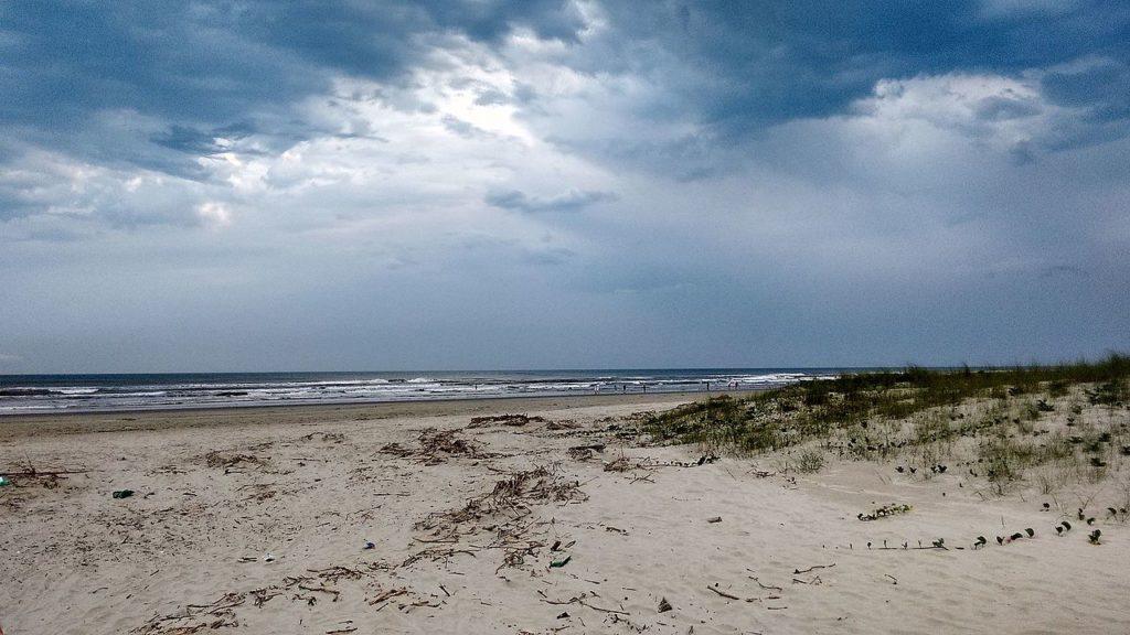 Melhores praias do litoral sul SP - Ilha Comprida