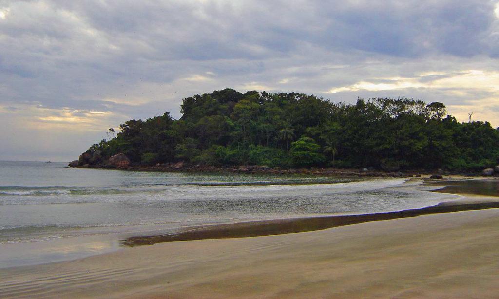 Melhores praias do litoral sul SP - Praia Branca - Guarujá