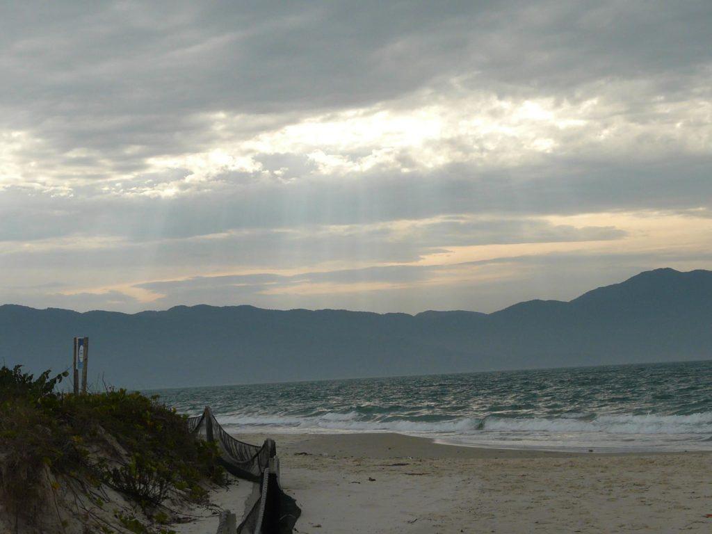 Melhores praias de Floripa - Jurere Internacional