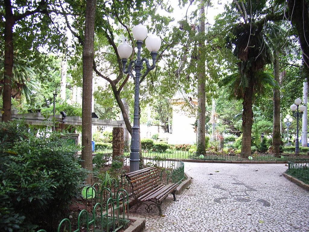 Praias de Floripa - Praça XV de Novembro