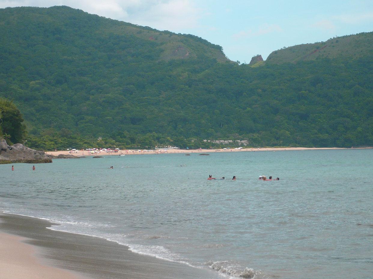 Praia do Santiago - São Sebastião - Victor Lopes