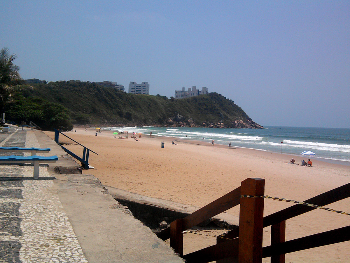 Praia do Tombo - Guarujá