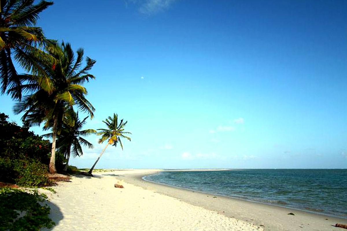 Praias da Ilha de Itamaracá - Coroa do Avião