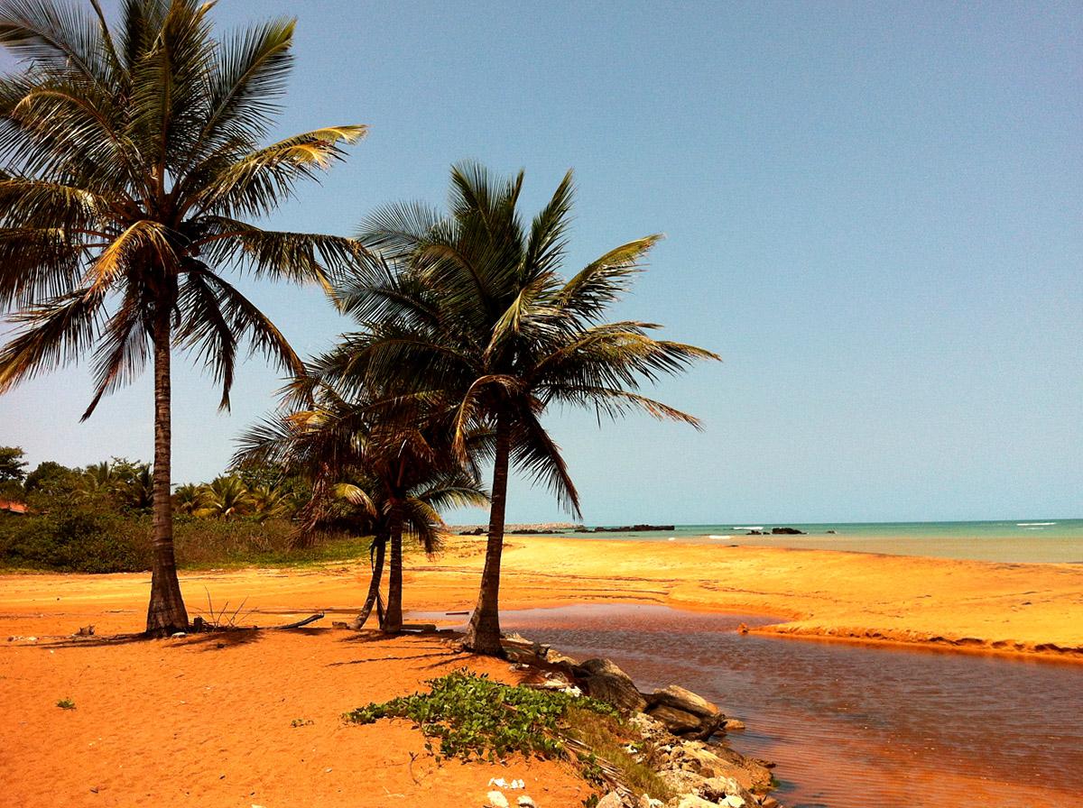 Praias de Aracruz - Barra do Sahy